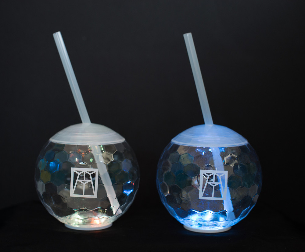 LIGHT UP DISCO BALL CUP