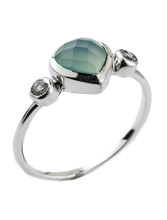 HEART SHAPED BLUE STONE RING - SIZE 7