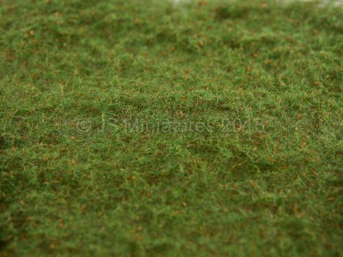 Heki Scenics Grass Mat - 1/48th Scale / O Gauge