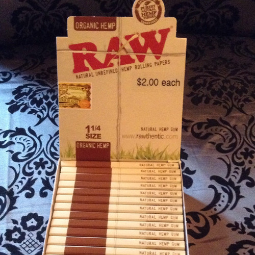Raw Hemp Rolling Papers 1.25""