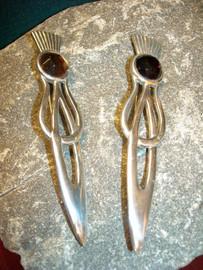 Thistle Kilt Pin with Stone