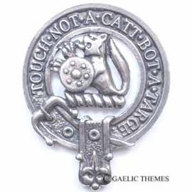 MacBain - 075 Badge