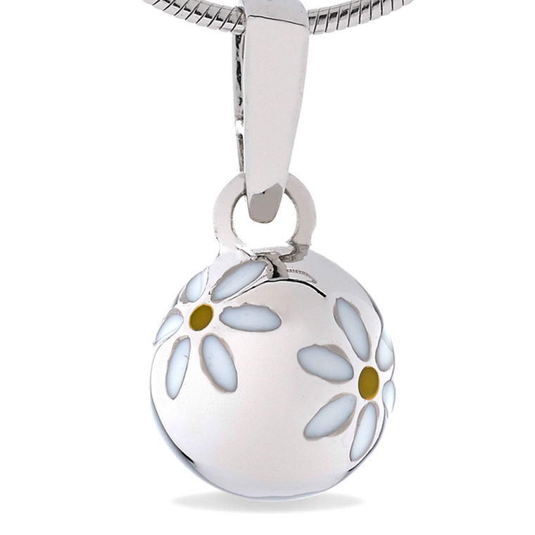 Daisies - Naturally Pretty - sterling silver pendant (small, cute size)