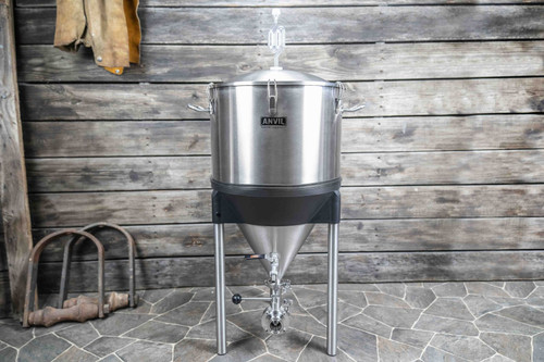 ANVIL CRUCIBLE™ CONICAL FERMENTOR - 14 GALLON