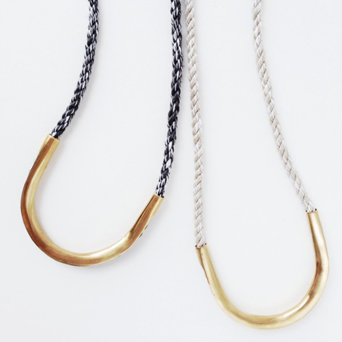Velde Necklace
