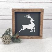 Reindeer Farmhouse Christmas Sign