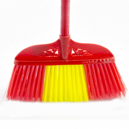 Soft Broom with handle (HW00026-00001)