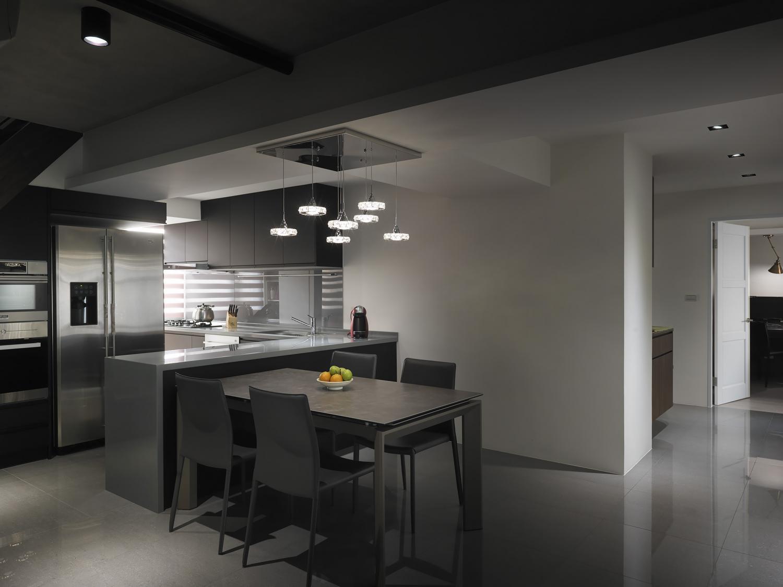 Interior Image 23