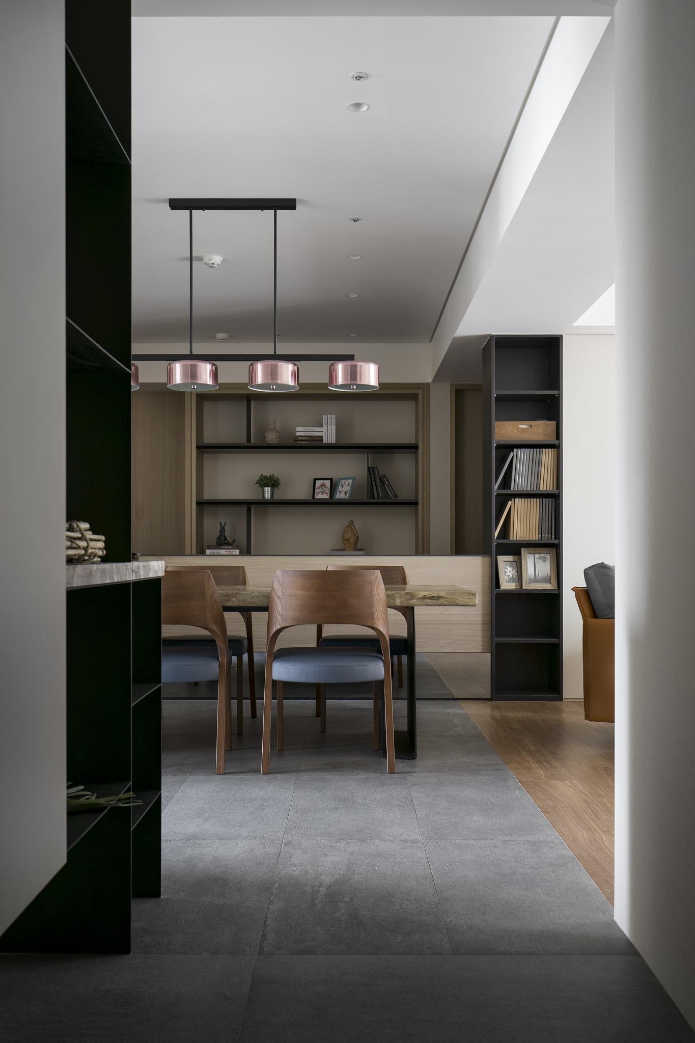 Interior Image 26