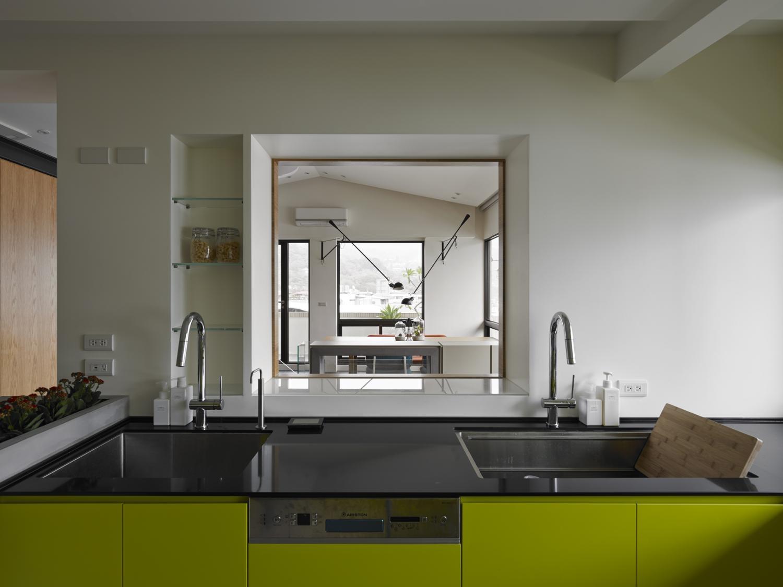 Interior Image 49