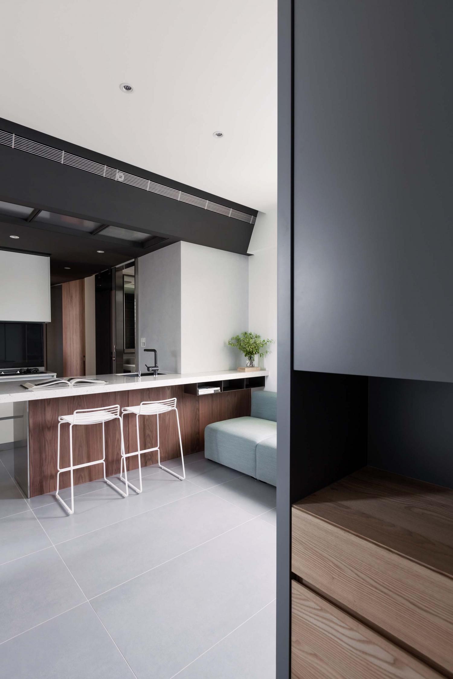 Interior Image 201