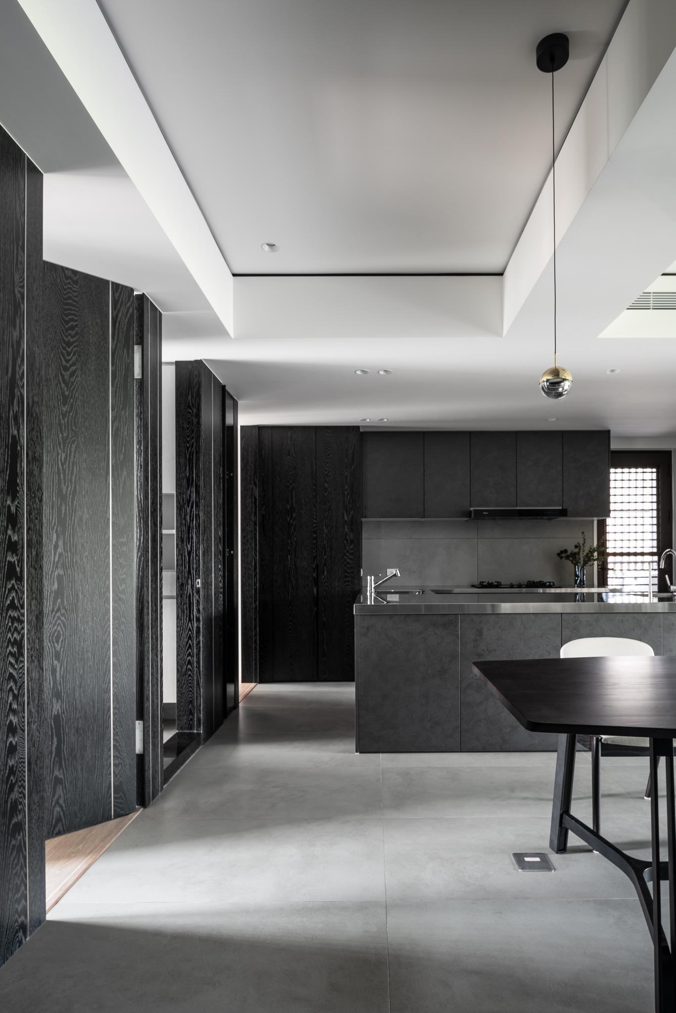 Interior Image 240