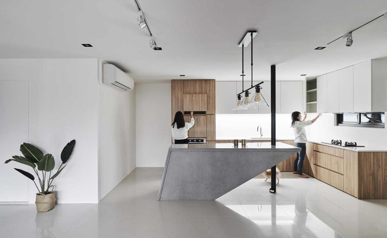 Interior Image 324