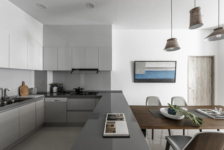 Interior Image 340