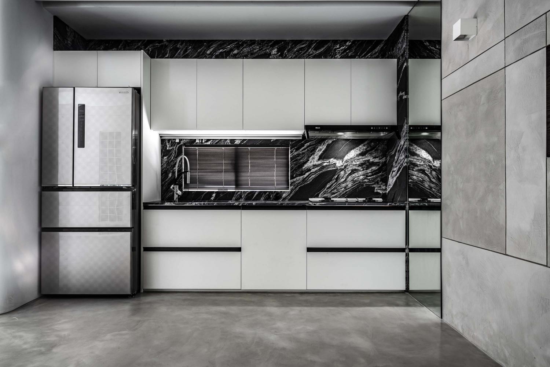 Interior Image 343