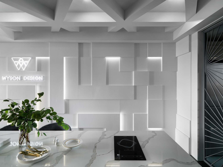 Interior Image 360