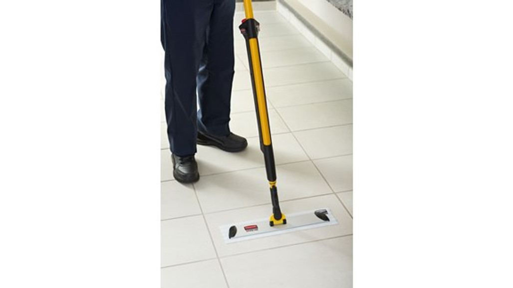 Rubbermaid Commercial Hygen™ Pulse™ Microfiber Mop Kit, Yellow and Silver Options (HYGEN-PULSE)  Harmony Lab and Safety Supplies