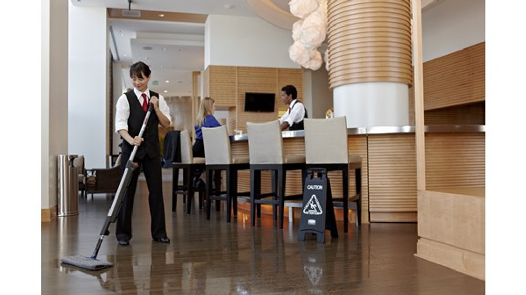Rubbermaid Commercial Executive Series Hygen™ Pulse™ Bucket-less Mopping Kit for discreet cleaning   Harmony Lab and Safety Supplies