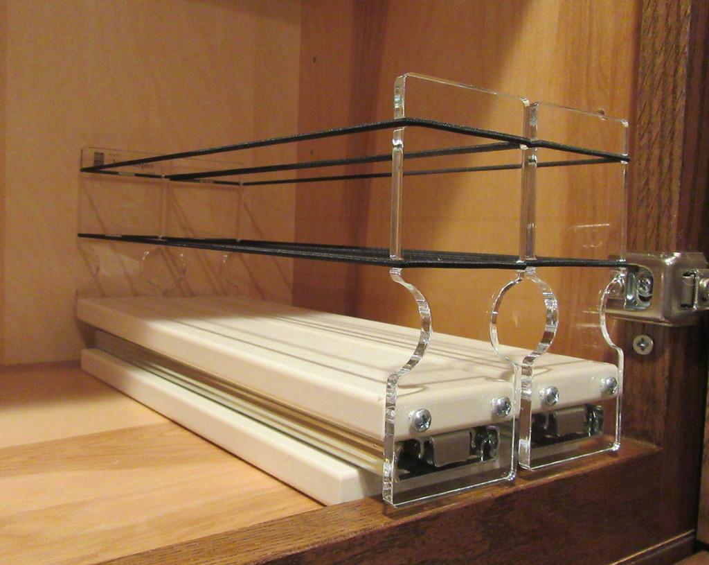 Spice Rack 22 x 1 x 11, Cream - In Cabinet