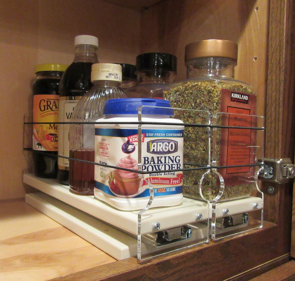 Spice Rack 33x1x11, Cream