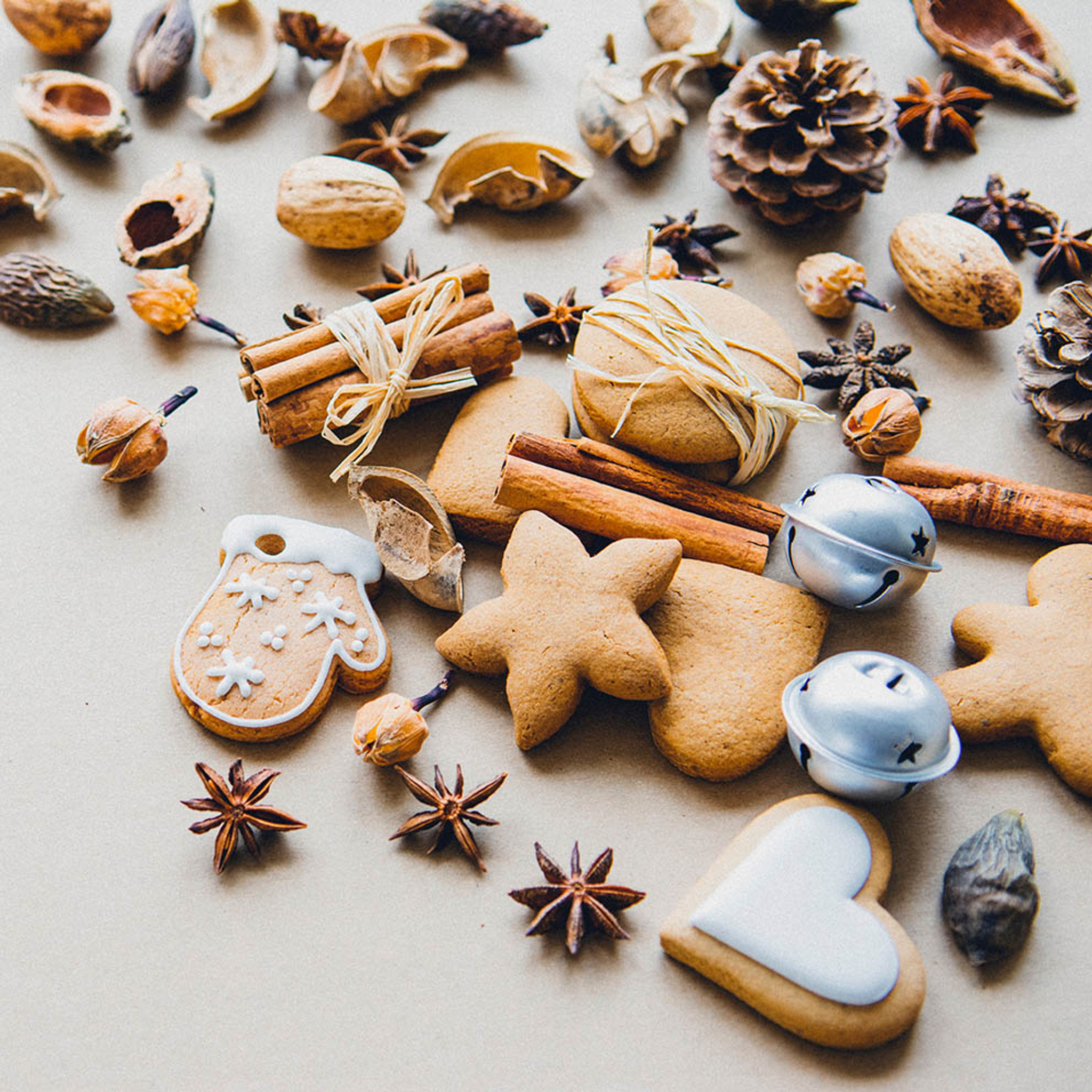 The Best Holiday Spices For Your Spice Rack