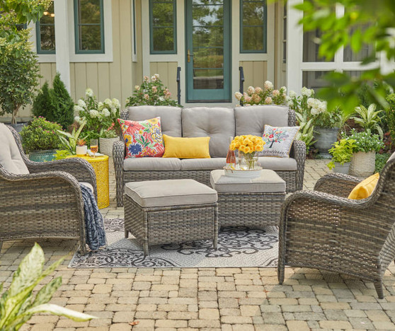 Brown 5-Piece Wicker Patio Conversation Seating Set with Gray Cushions