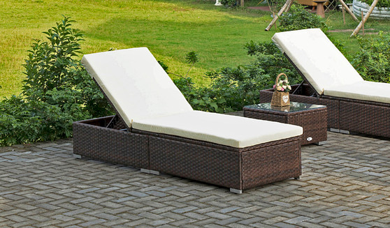 1- Piece Wicker Outdoor Chaise Lounge with Beige Cushion