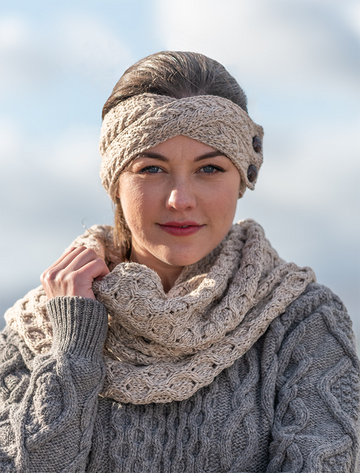 Merino Buttoned Headband - Wicker