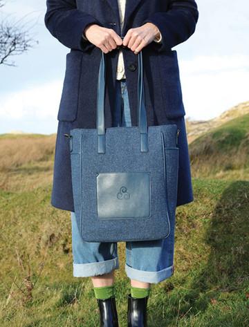 Kerry Tweed Tote Bag - Midnight Blue (R760)