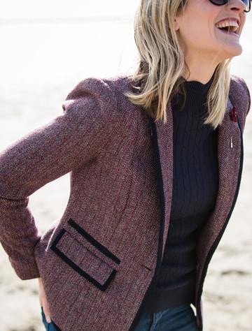 Mairéad Tweed Blazer – Plum Berry Herringbone