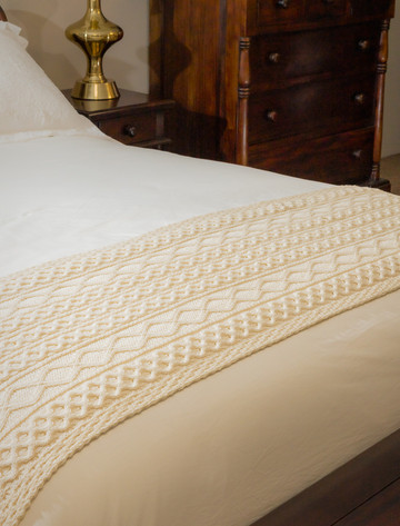 O'Brien Clan Aran Bed Runner