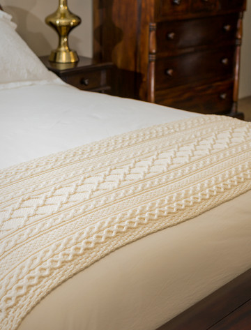 Martin Clan Aran Bed Runner