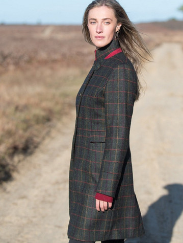 Pamela Tweed Coat – Primary Green