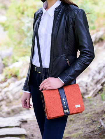 Fiona Tweed Bag - Rust