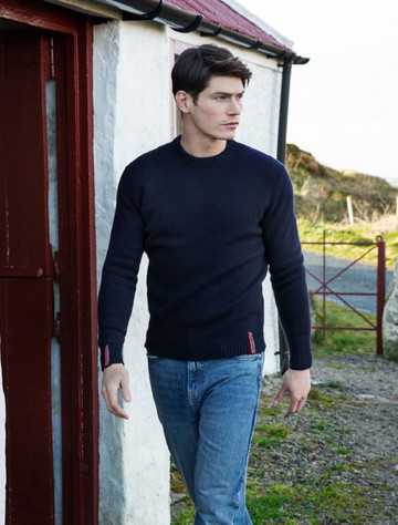 Crew Neck Lambswool Sweater - Navy With Stripe
