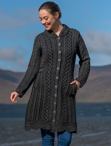 Women's Long Button Scallop Edge Plated Coat