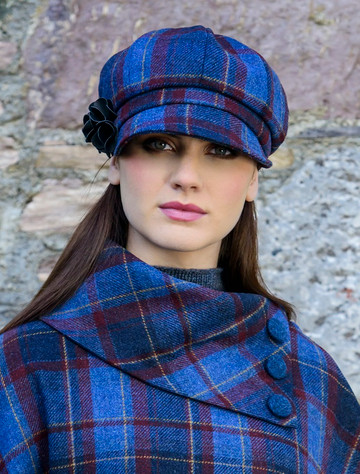 Ladies Tweed Newsboy Hat - Navy & Red Plaid