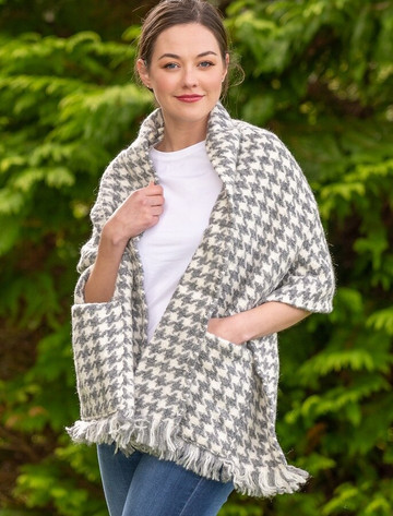 Wool Pocket Stole - Light Grey & Cream
