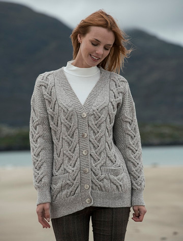 Super Soft V- Neck Chunky Cable Knit Cardigan - Toasted Oat
