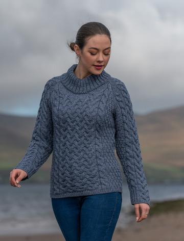 Women's Aran Cable Crew Neck Sweater - Denim Marl