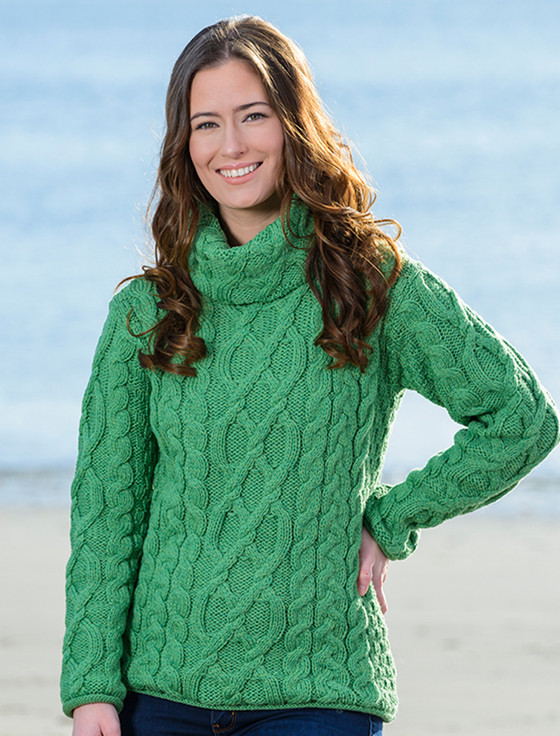 Womens Turtleneck Cable Knit Sweater - Green Marl