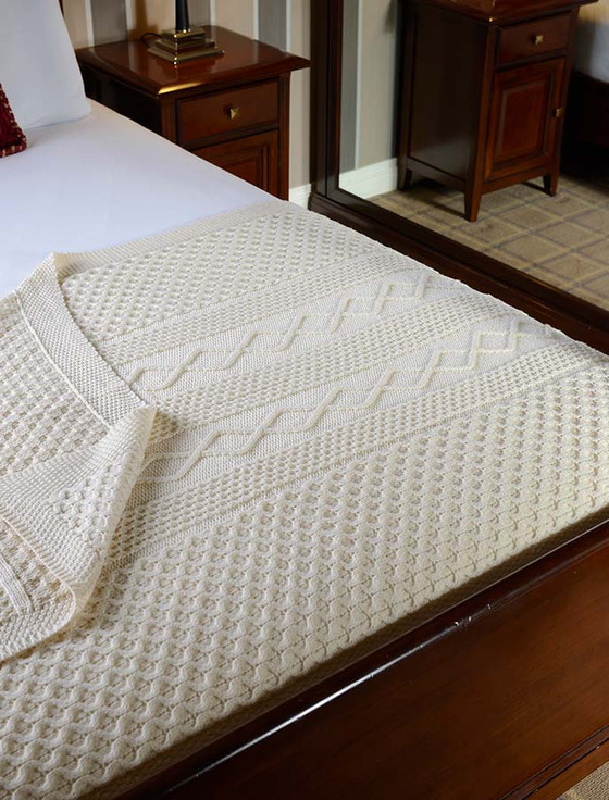 Callaghan Clan Aran Throw