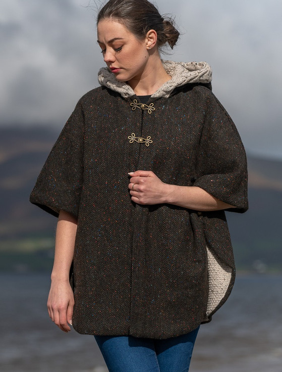 Ladies Tweed Cape with Aran Collar- Army Green