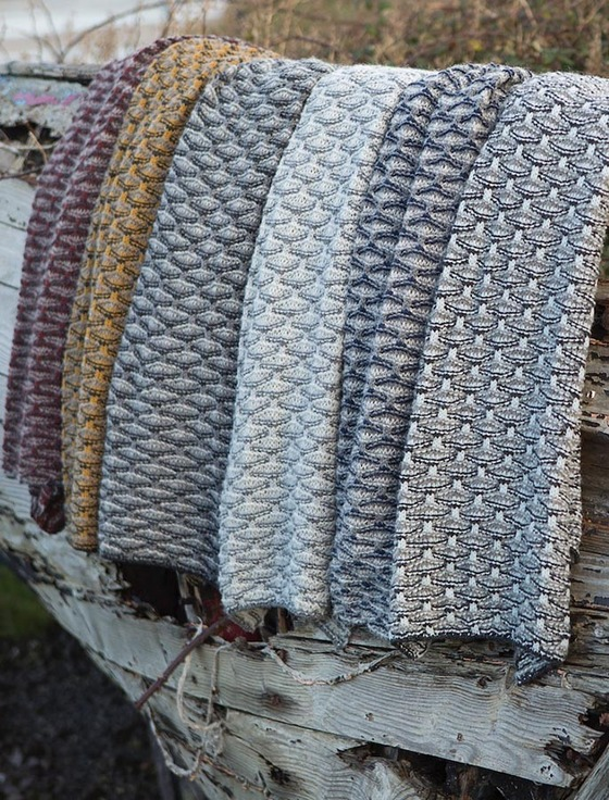 Wool Cashmere Shell Stitch Wide Scarf