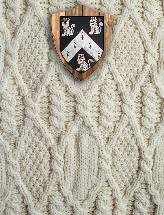 Lyons Clan Aran Throw