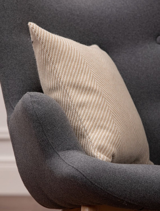 Lambswool Cushion - Bone Herringbone