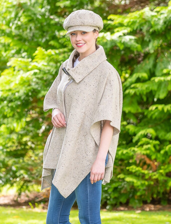 Handwoven Muckross Cape With Toggle Button - Oatmeal