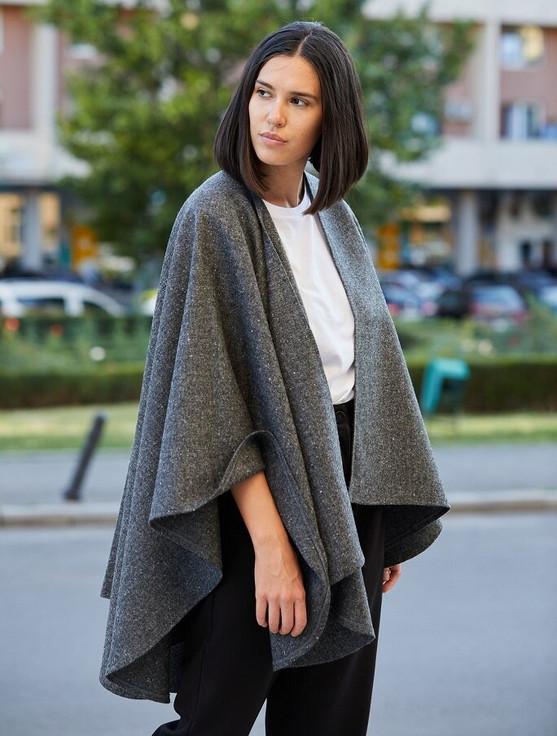Donegal Tweed Wrap - Grey Fleck