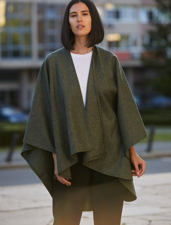 Donegal Tweed Wrap - Green Fleck