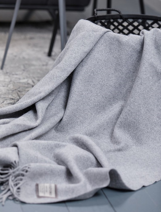 Wool and Cashmere Throw - Pearl Grey